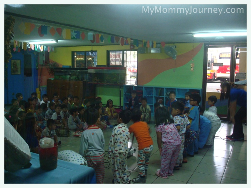 nursery performance, preschool action song