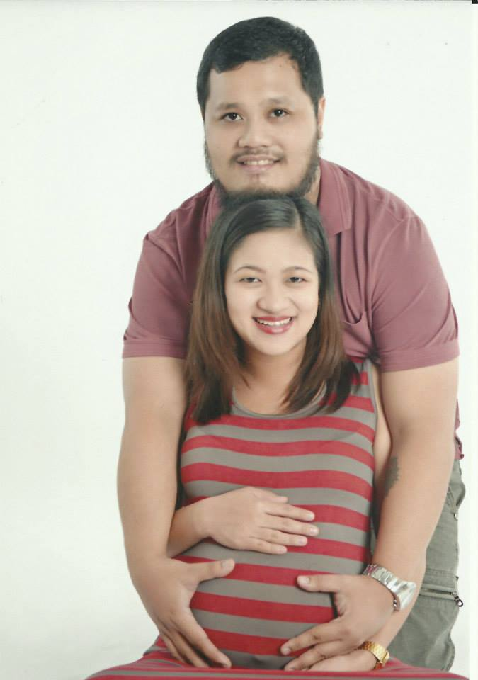pregnant family pic