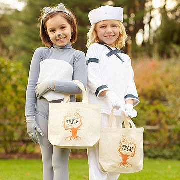 trick or treat, halloween bags, trick or treat bags