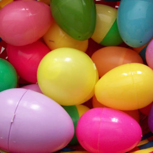 easter eggs, things to put in plastic easter eggs