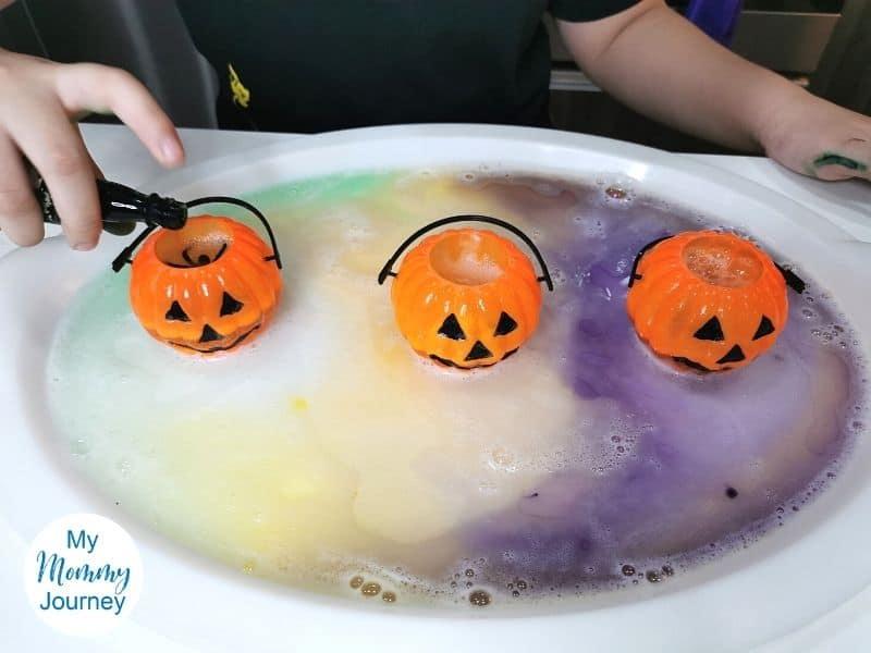 Halloween volcano eruption repeat food coloring